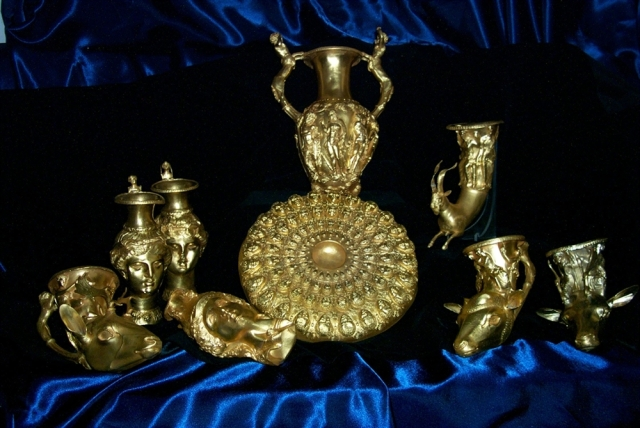 The Panagyurishte Gold Treasure, the most impressive Ancient Thracian treasure to date. Photo by Plovdiv Museum of Archaeology