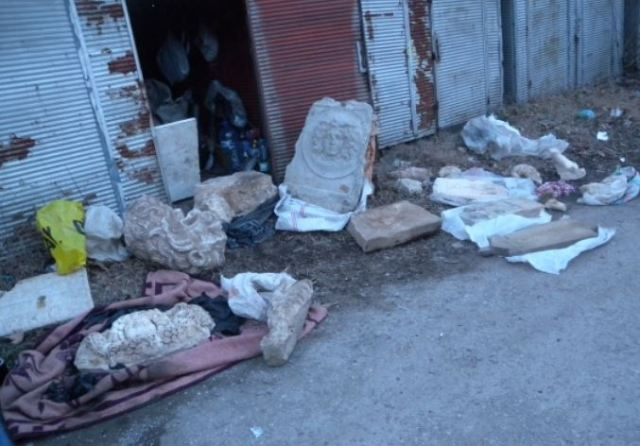 Fragments of Ancient Roman statues and slabs photographed by the police at the time of their discovery in a treasure hunter's house. Photo by Interior Ministry Press Center