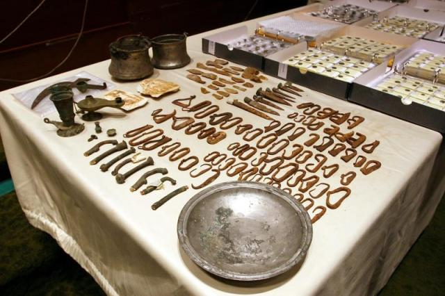 This photo from 2011 shows part of the illegally trafficked coins and other artifacts returned to Bulgaria by the Canadian authorities. Photo by Ministry of Culture