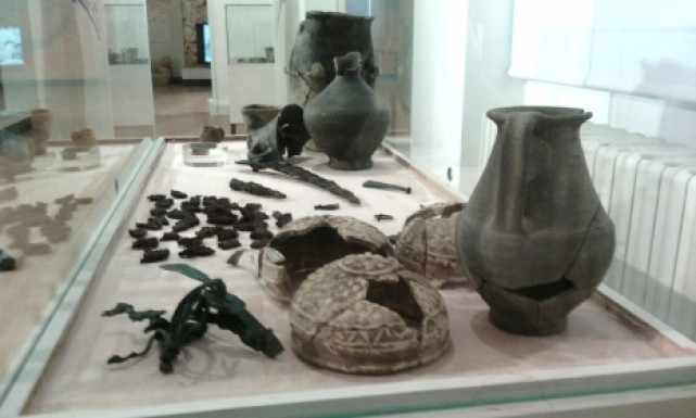 Some of the ancient finds from archaeologist Varbin Varbanov's excavations in Batin and Brestovitsa exhibited in the Ruse Regional Museum of History. Photo by Top Novini