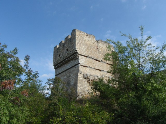 The 12-meter 3-storey Cherven Tower is the only fully preserved structure from the major Bulgarian medievial city of Cherven. It was used as a model for the reconstruction of the Baldwin's Tower in Veliko Tarnovo. Photo by Trygva W. Nodeland, Wikipedia