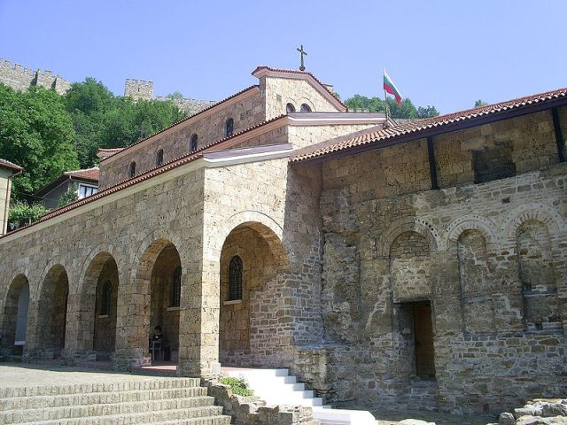 The Holy Forty Martyrs Church in Bulgaria's Veliko Tarnovo was being built by Tsar Ivan Asen II at the time of the Klokotnitsa Battle, as testified by his famous inscription carved into one of its marble columns. Photo by Svik, Wikipedia