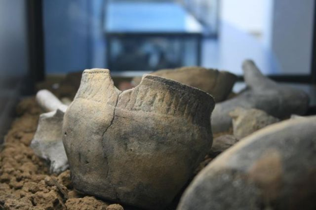 """Artifacts found through underwater archaeology explorations are displayed in Bulgaria's only Museum of Underwater Archaeology in the southern Black Sea town of Kiten. Photo by Todor Hristov from the Facebook group """"Bulgarians"""" dedicated to promotion of Bulgaria's historical and archaeological heritage. He may be contacted at paragraf22@gmail.com."""