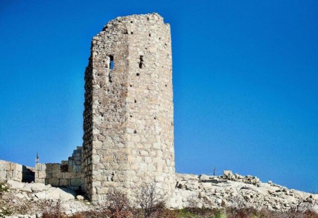 The only tower from the medieval Bulgarian fortress of Perperikon that is still standing today is to be restored with Norwegian funding along with some other structures. Photo by Haskovo Tourist Information Center, haskovo-bulgaria.com