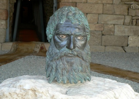 The lifelike bronze head of Ancient Thracian Odryssian King Seuthes III was discovered in 2004 in his tomb near his capital Seuthopolis, near Bulgaria's Kazanlak. Photo by kazanlak.com