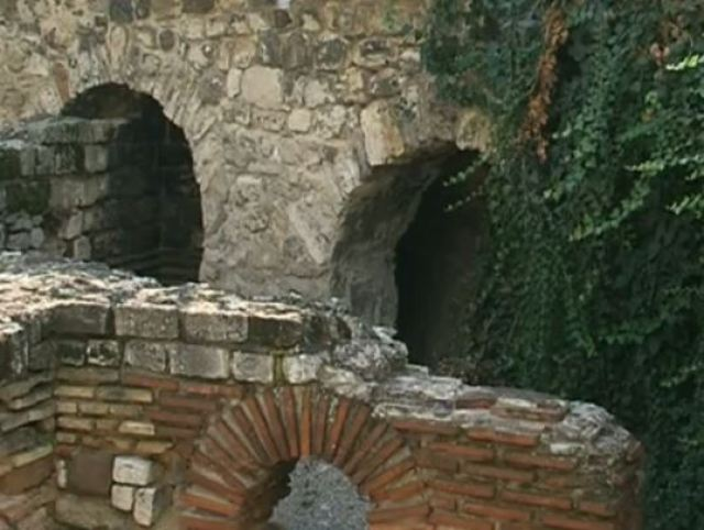 Part of the Small Roman Thermae of ancient Odessus (Odessos) built on top of an Ancient Thracian temple or sanctuary honoring Apollo and Aphrodite, Ancient Greek deities, in Bulgaria's Varna. Photo: TV grab from BNT2
