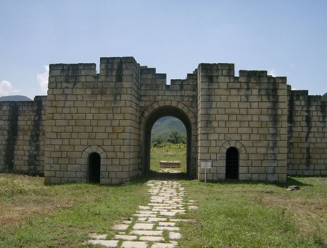 The partly restored southern gate of the 10th century Bulgarian capital of Veliki Preslav. Photo by Izvora, Wikipedia