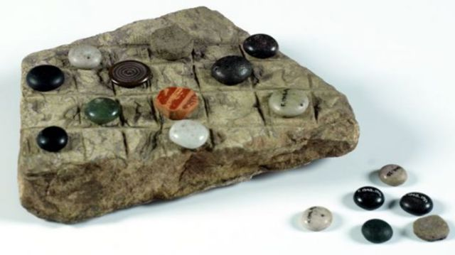 An ancient board game found in archaeological excavations in Northern Bulgaria. It is only one of the numerous board game artifacts displayed for the first time in a unique exhibit by the Regional Museum of History in Bulgaria's Veliko Tarnovo. Photo: Veliko Tarnovo Regional Museum of History
