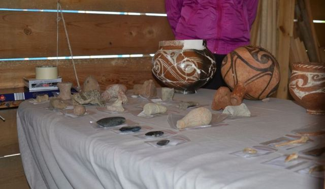 Prehistoric artifacts from the 8,000-year-old Early Neolithic settlement near Bulgaria's Mursalevo. Photo: Radio Blagoevgrad